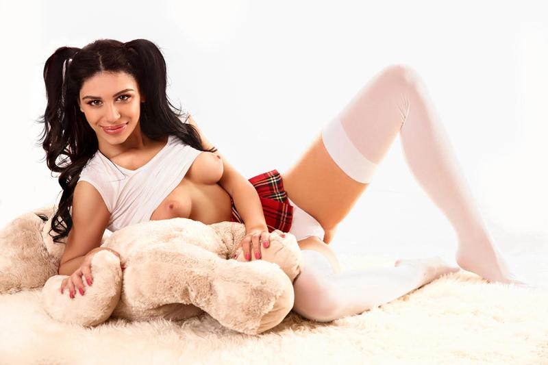 DYANA - London escort - Picture