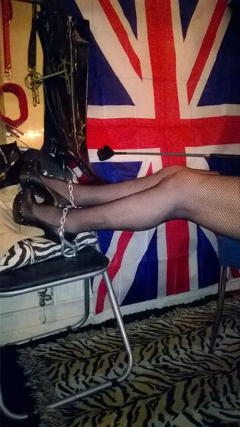 MILF & GILF Escort Mansfield - Sex in Nottingham - Picture