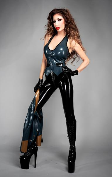 Mistress Eve - London escort - Picture