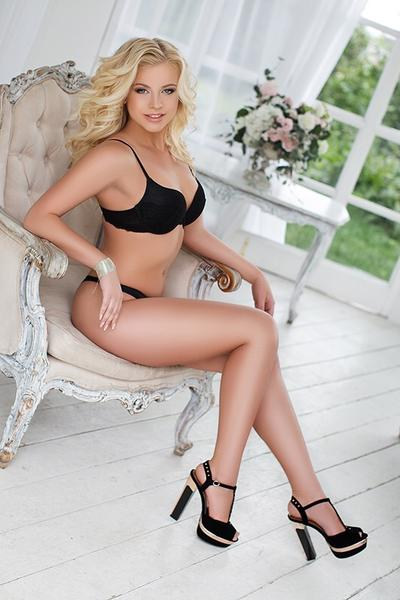 Maddy - London escort - picture