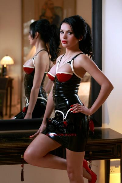 sociala media dominatrix outcall