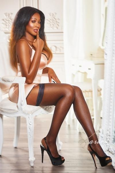 Pietra - London escort - Picture