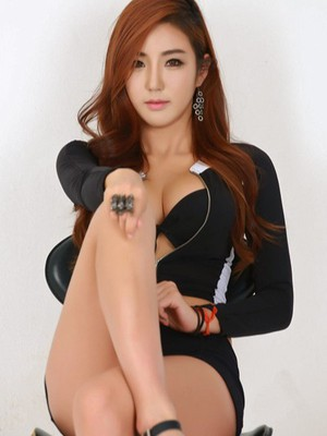 Cho - London escort - Picture